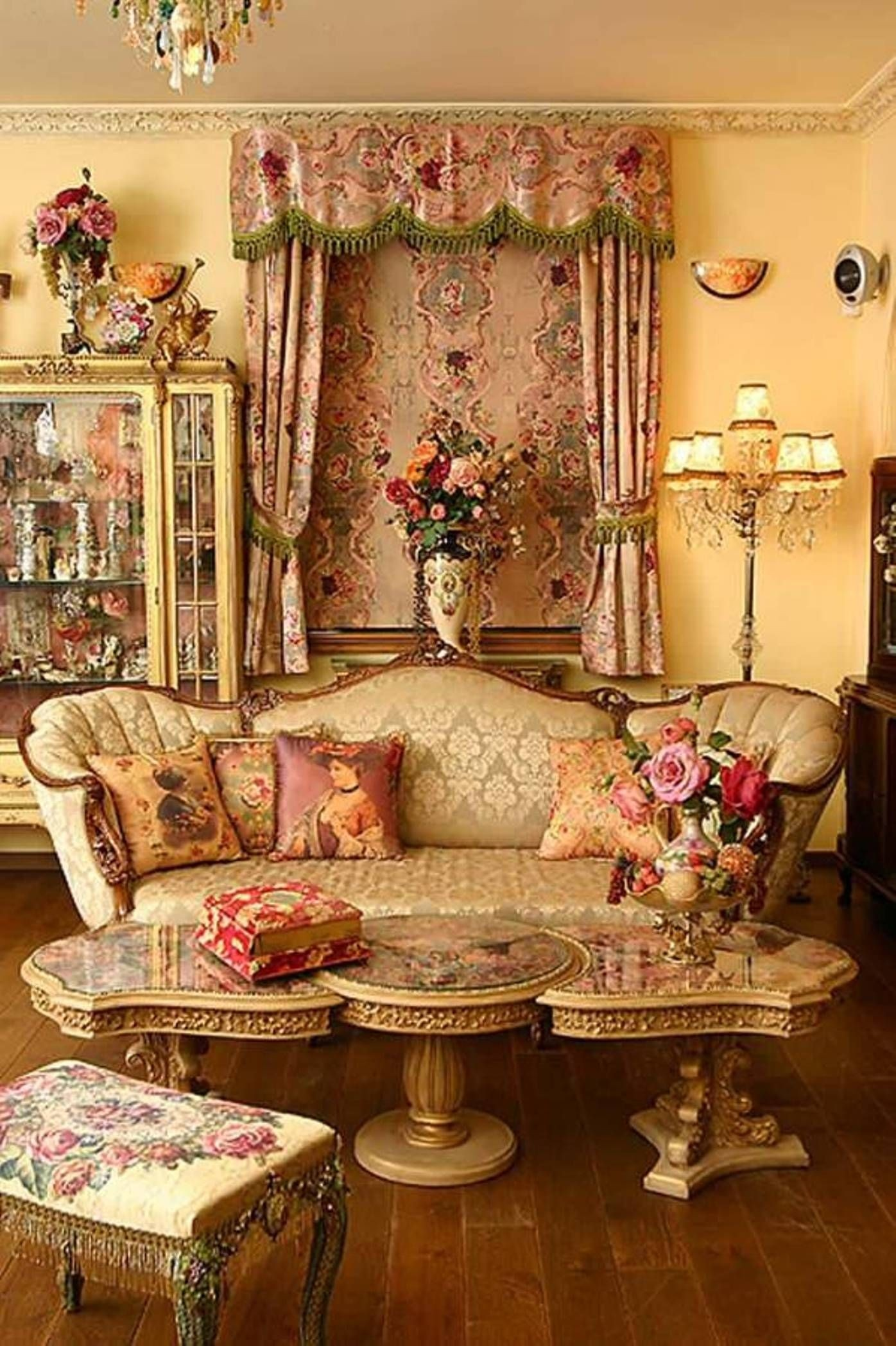 Victorian Living Room Furniture Ideas On Foter