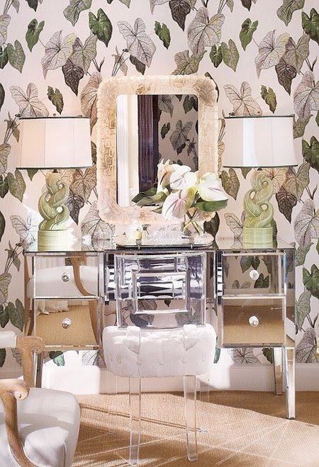 Superieur Acrylic Vanity Chair