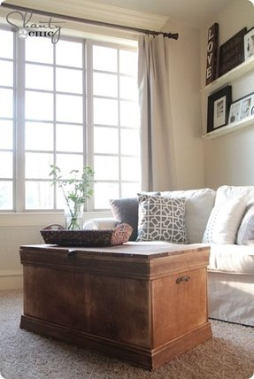 Diy trunk coffee table 1