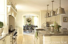 Ivory kitchen awash in creamy ivory paint the kitchen cabinets