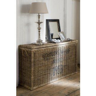 Rattan chest trunk