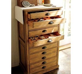 Shelby accessory tower dresser 4