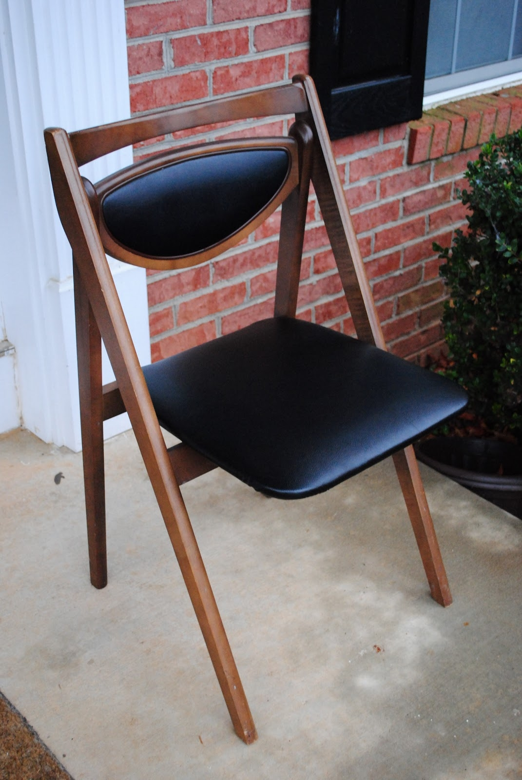 Beautiful Stakmore Folding Chairs