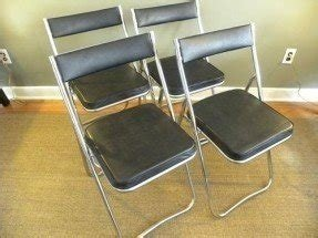 Set of 4 folding chairs 3