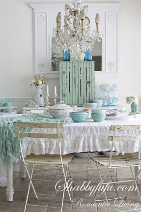 Shabby chic folding chairs 5