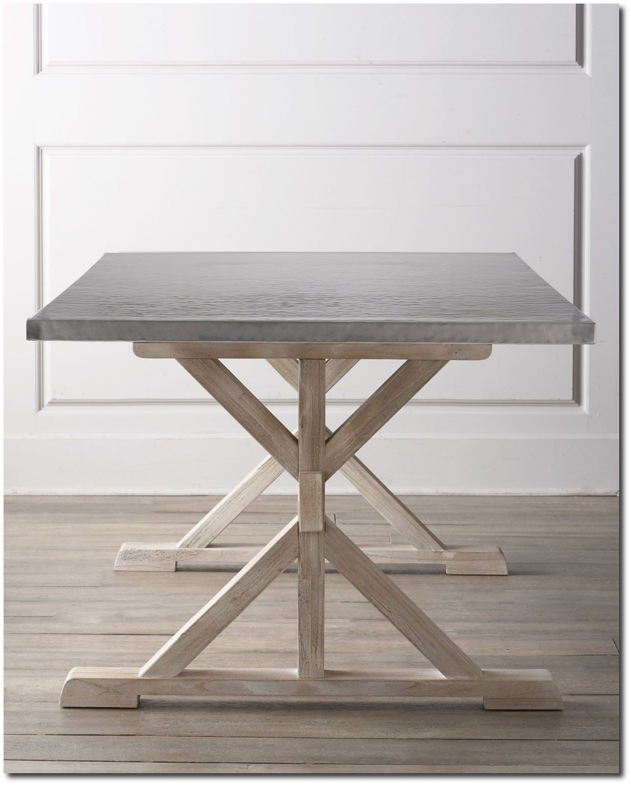 Ordinaire Stainless Steel Top Dining Table