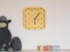Plastic wall clocks 12
