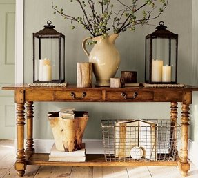 Sofa table with baskets 1