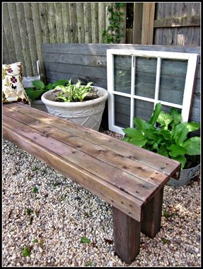 How to make a bench out of pallets