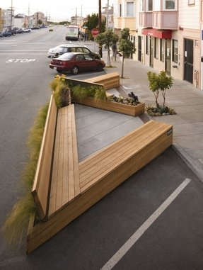 How to make a wooden park bench