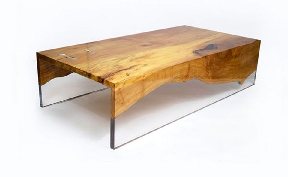 Superieur Resin Wood Table