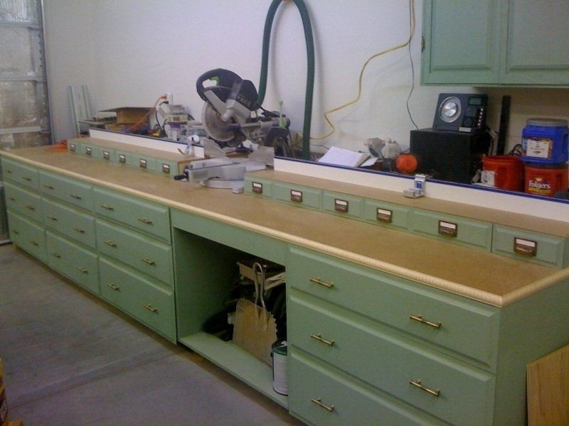 Attrayant If Youu0027re Looking To Make Your Home Workshop As Nice And Cosy As It Can  While Not Giving Up Any Of Its Utility, Check This Gorgeous Saw Bench.