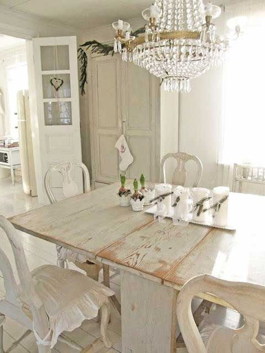 Perfect Distressed White Dining Table