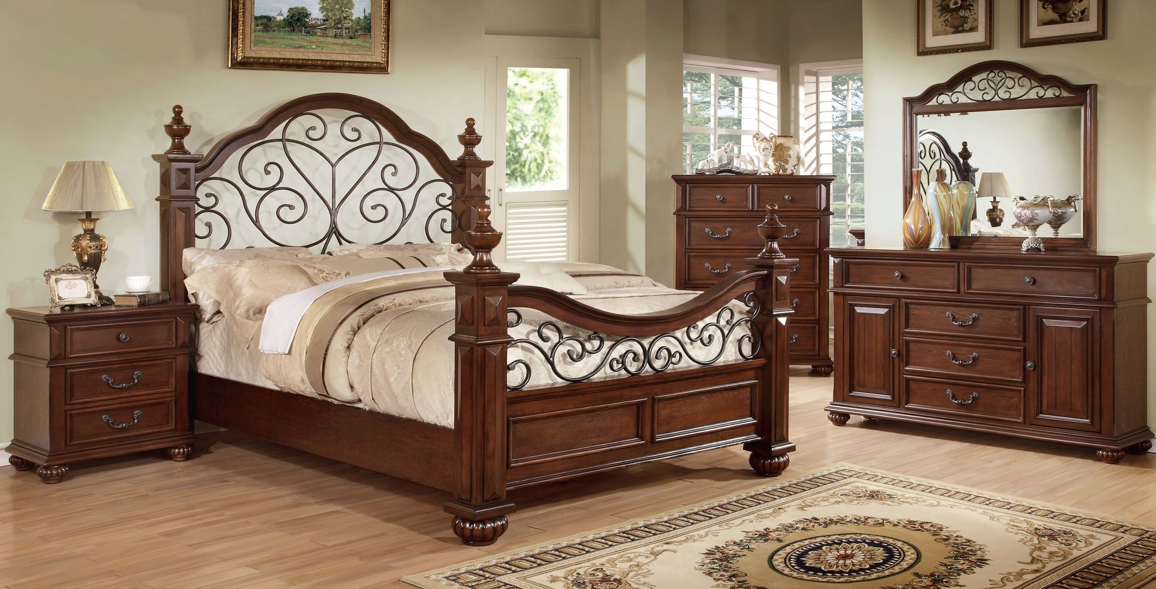 Lorrenzia Four Poster Bedroom Collection