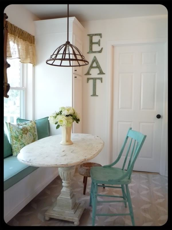 Nice Small Oval Kitchen Table