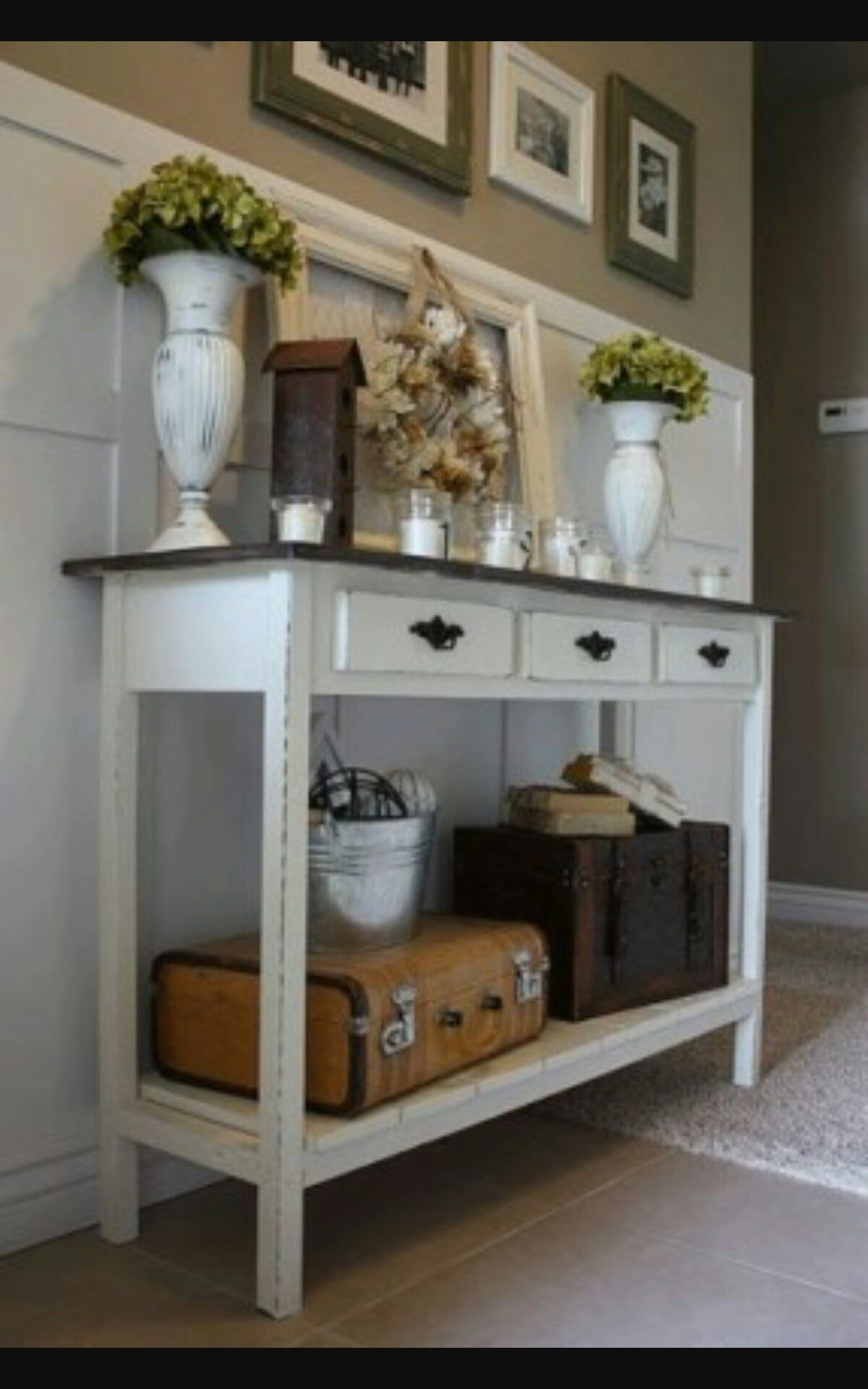 Exceptionnel White Console Table With Drawers