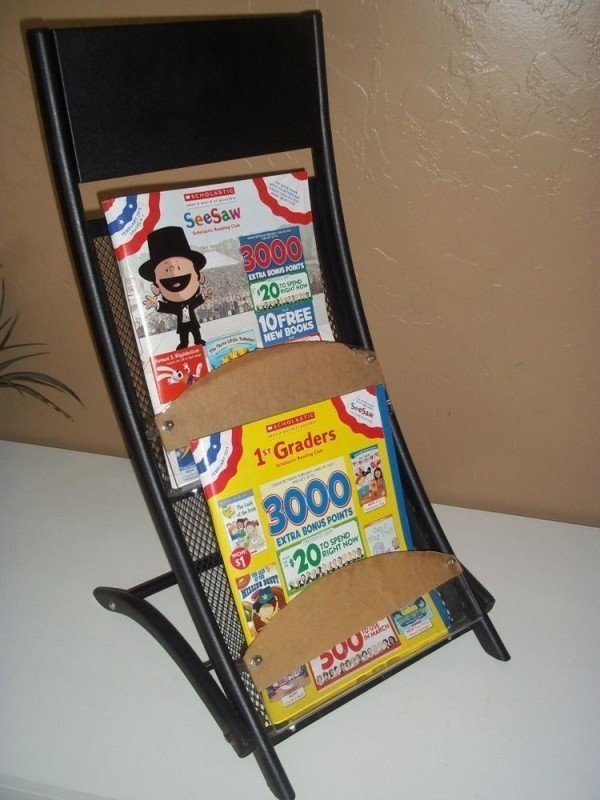 2 Pocket Literature Rack Folding Brochure Rack Magazine Metal Display Holder