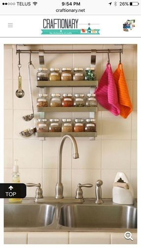 Hanging spice racks