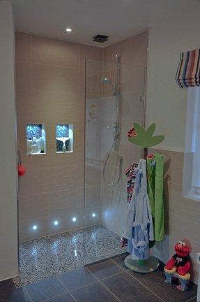 Recessed shower lighting foter - Waterproof bathroom ceiling lights ...