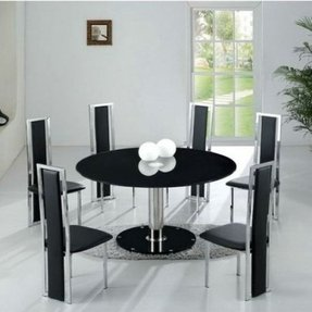 Round kitchen table for 6