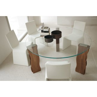 Round table for 6 dimensions