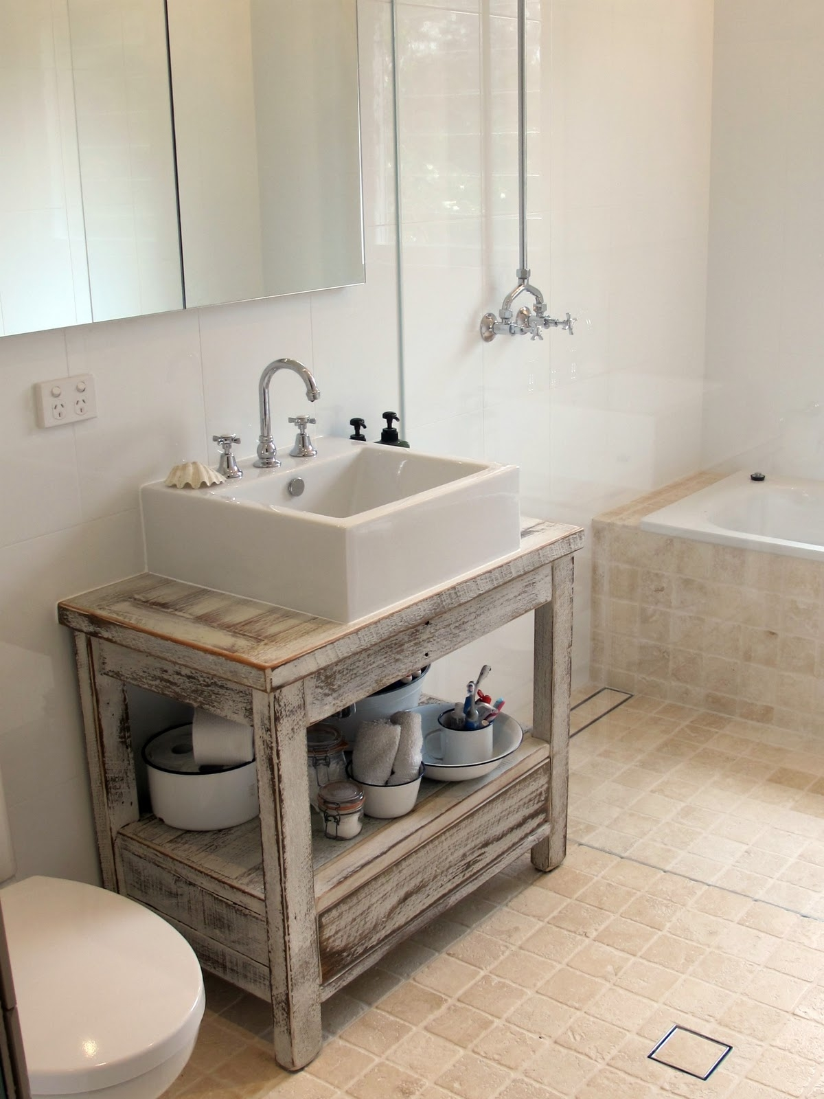 Charmant Coastal Bathrooms