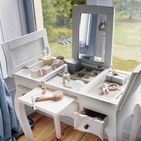 Flip Top Vanity Table Foter