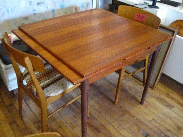 Hidden Leaf Dining Table 1