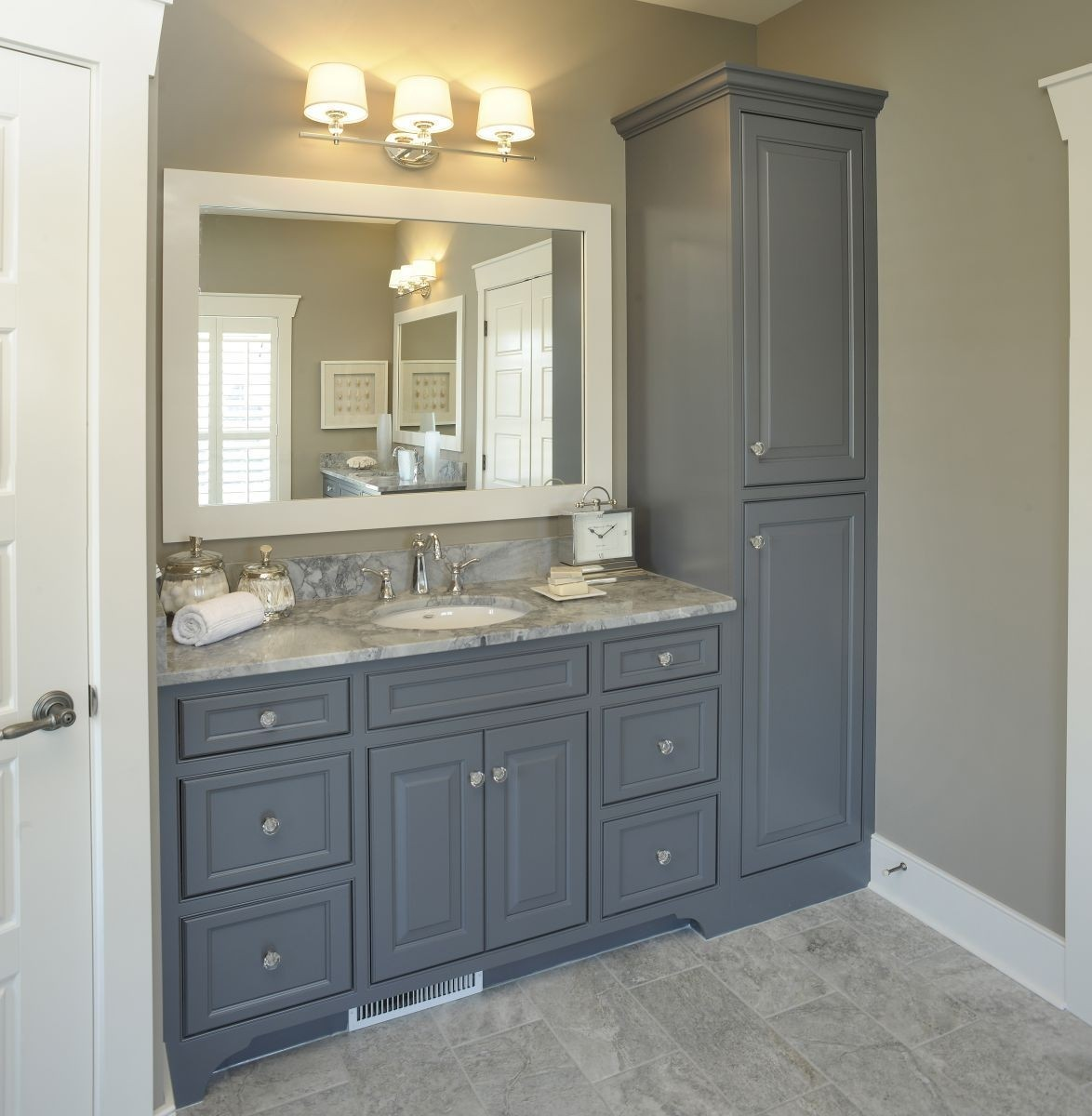Superbe Tall Linen Cabinets For Bathroom