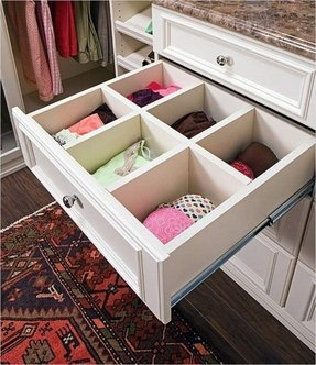 Walk In Closets White Clic Dresser With Deep Drawers Creates Many Possibilities To Sort And Organize Things As Long You Have Wits Introduce