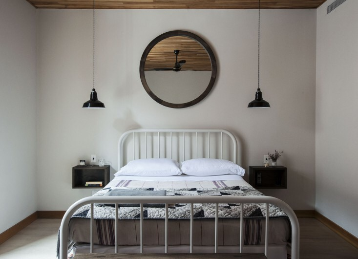 Beautiful Bedside Wall Mounted Lamps