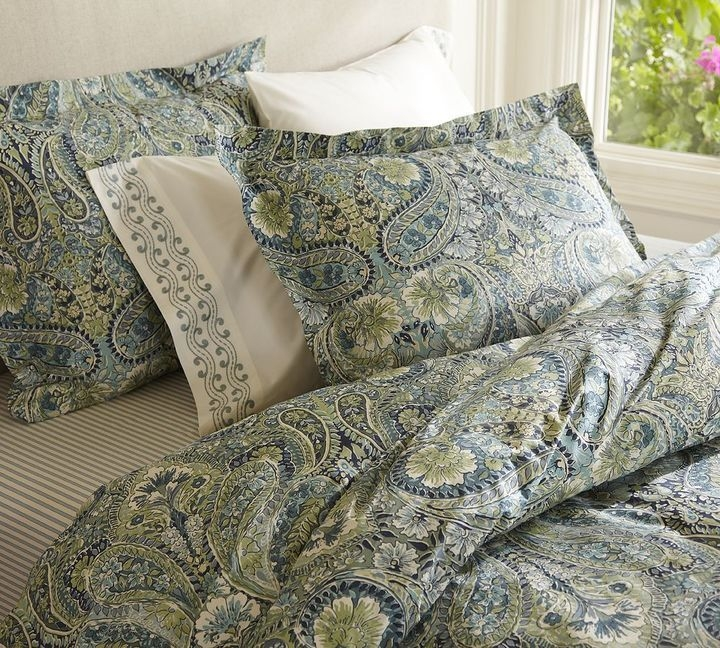 Bella paisley bedding esemble blue