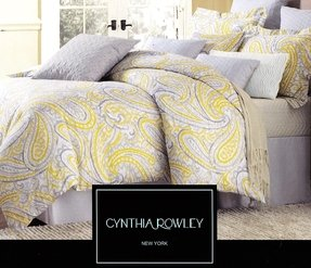 Grey paisley bedding