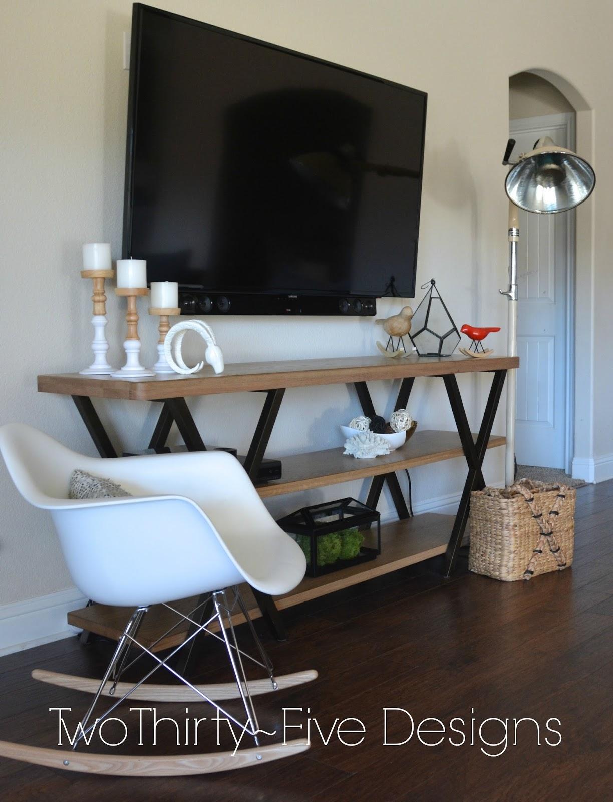 Superbe Table Under Tv