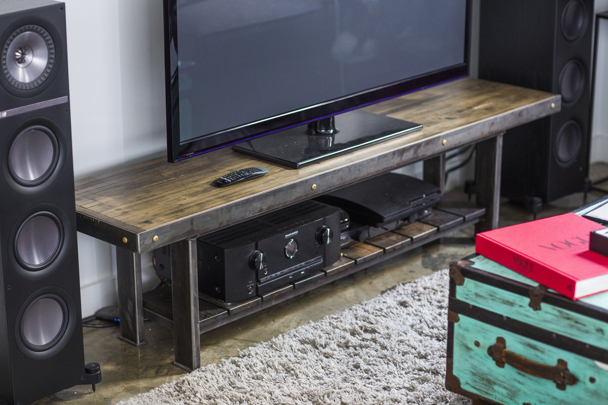 Furniture To Go Under Wall Mounted Tv