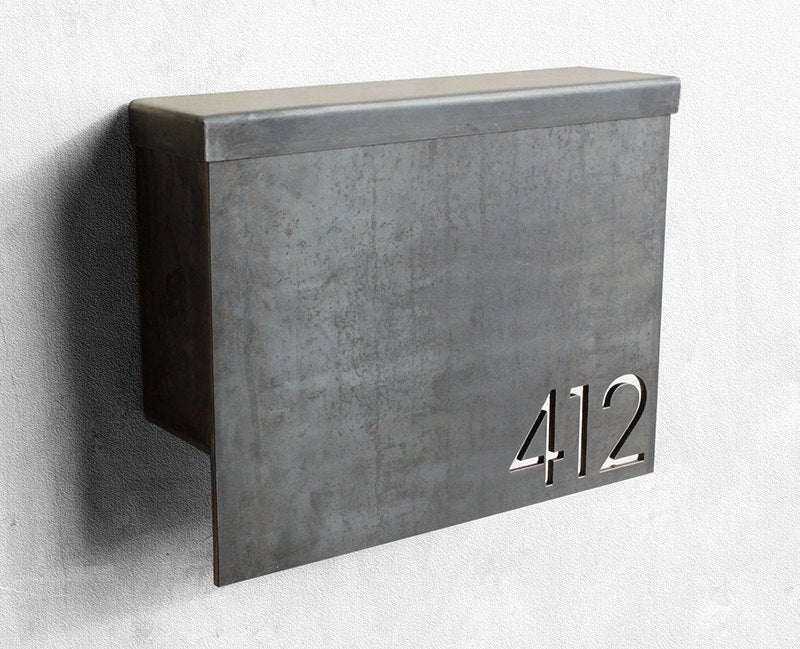 Floating Finish Century Font House Number Black Gloss Listing is for 1 No