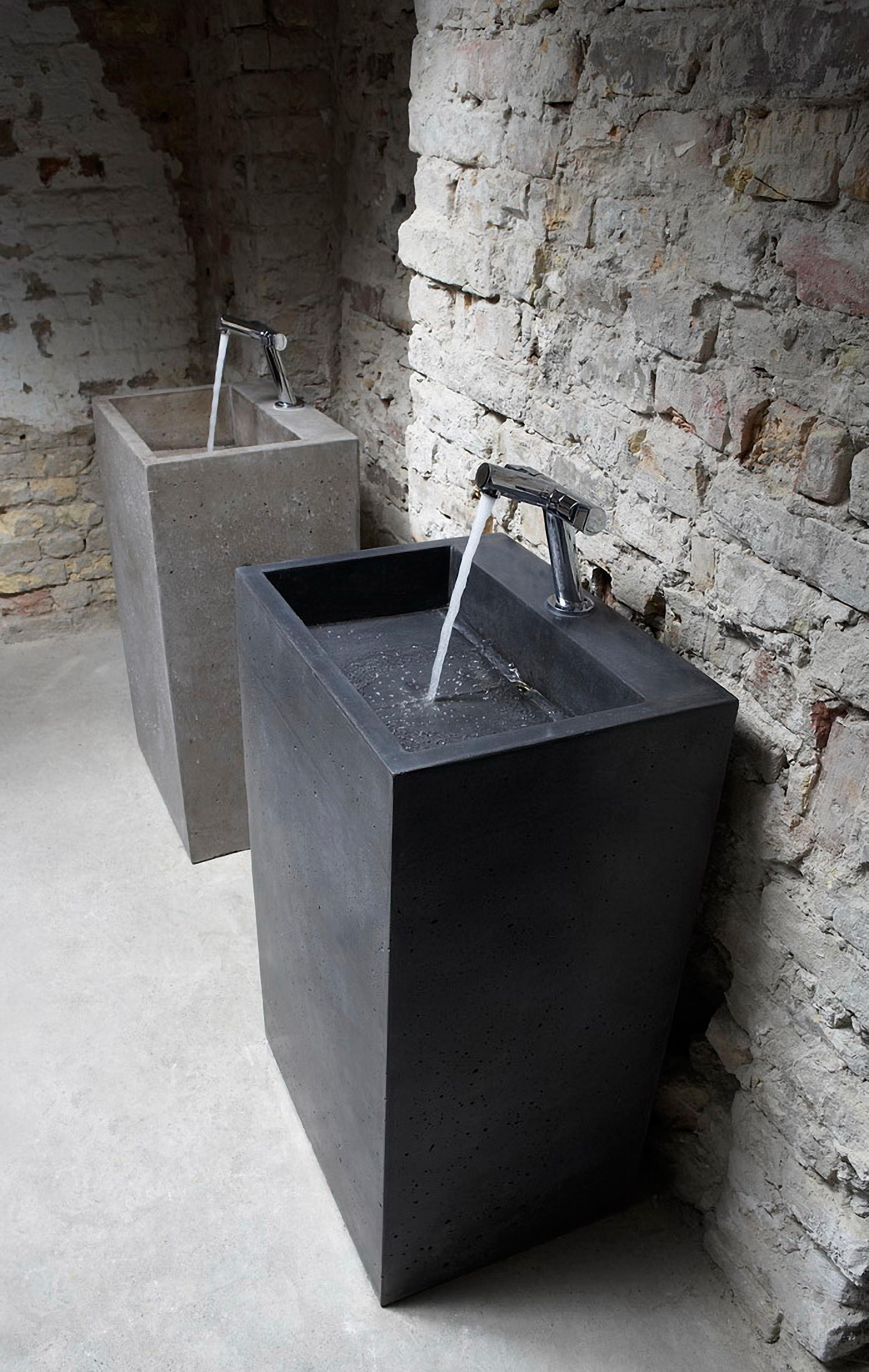 Etonnant Contemporary Pedestal Sinks 2