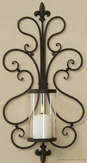 Hurricane lamp wall sconce