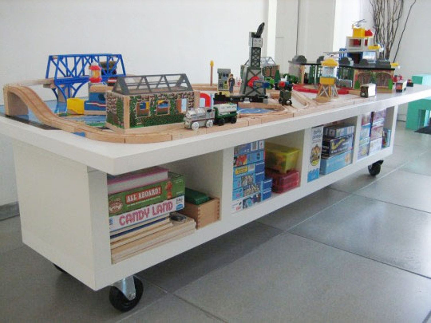 Perfect Kids Craft Table