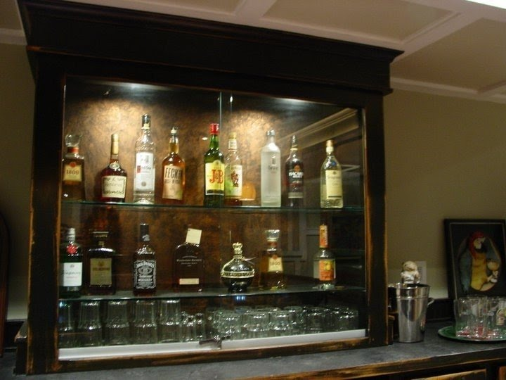 Charmant Lockable Liquor Cabinet