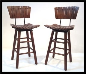 Outdoor swivel bar stools with backs 1