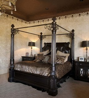 Queen size four poster bed 2