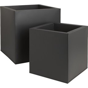Large black planter 4