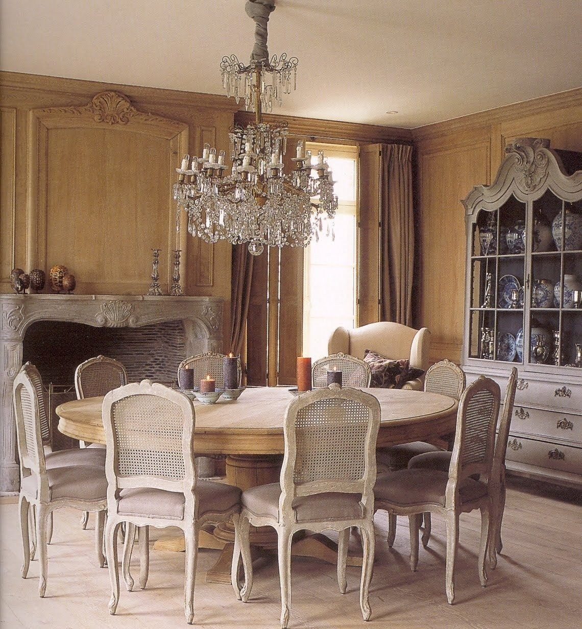 Beautiful Round Dining Room Table For 10