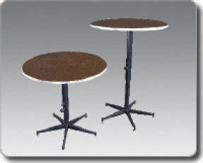 Adjustable height cocktail table 18