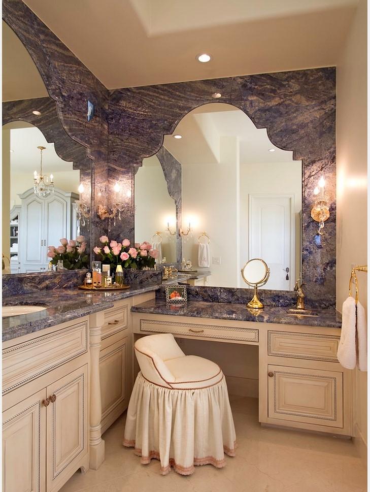 Superbe Bathroom Makeup Chair