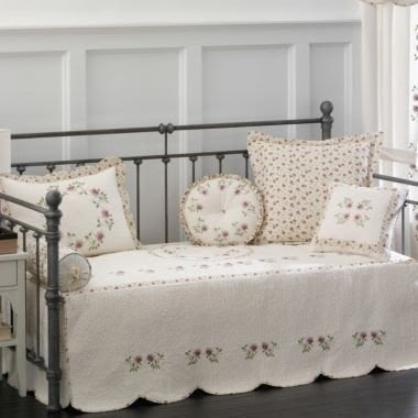 Amazing Daybed Coverlets Sets 36