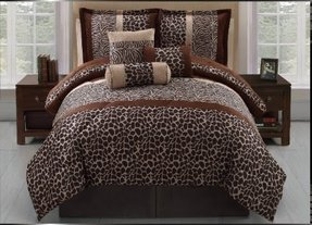 7 Pc Zebra, Micro Plush, Giraffe, Animal Print Bed in a Bag, Comforter Set, Queen Size Bedding By Plush C Collection