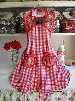Aprons for women with pockets
