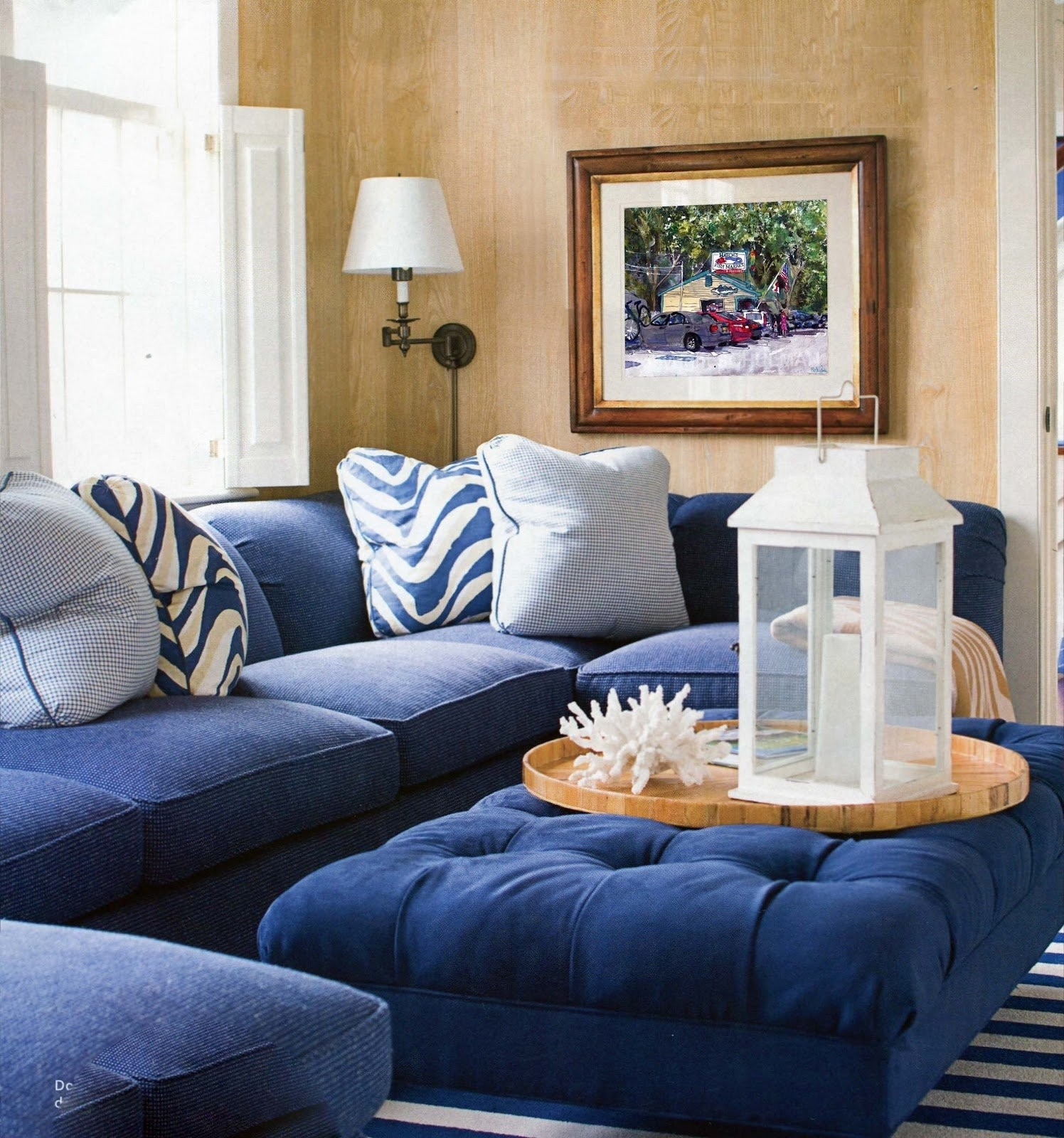 Attrayant Blue Sofa White Piping